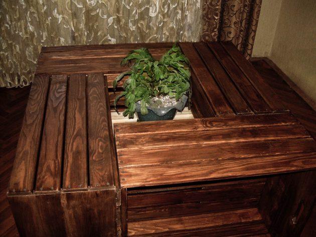 17 Crafty Handmade Pallet Wood Furniture Designs You Can DIY