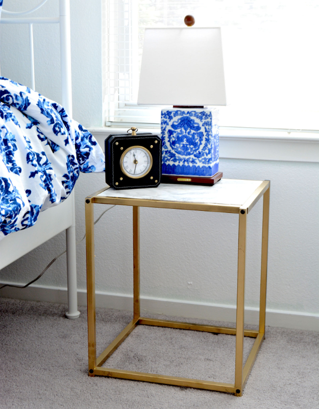 16 Genius DIY Projects Making Use of Faux Marble Finishes