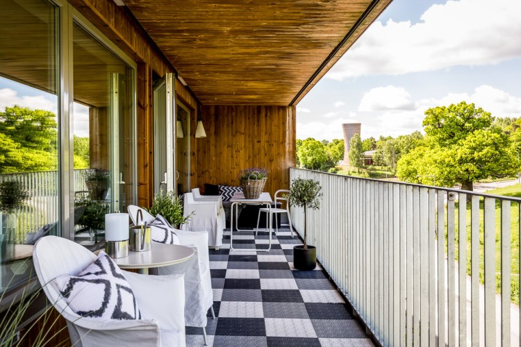17 Awesome Modern Balcony Designs You Re Gonna Love