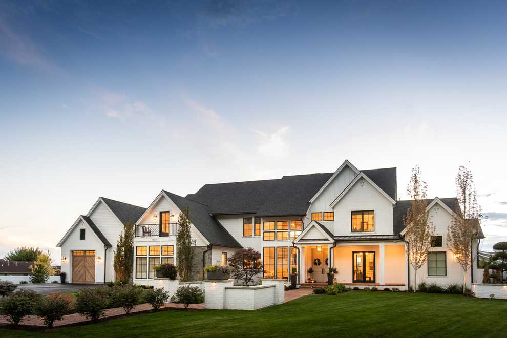 18 Beautiful Farmhouse Exterior Designs You Will Fall In ...