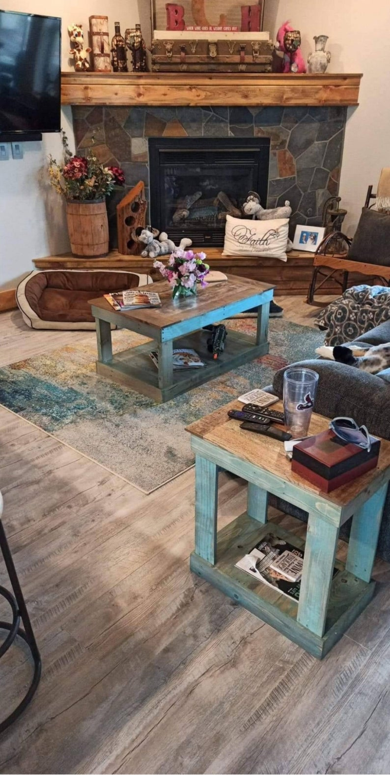 20 rustic pallet furniture ideas for
