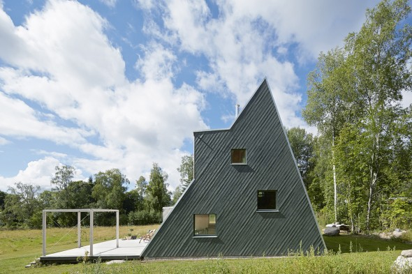 architecturebois-reportage-Summer-House-in-Dalarna-Leo-Qvarsebo (9)