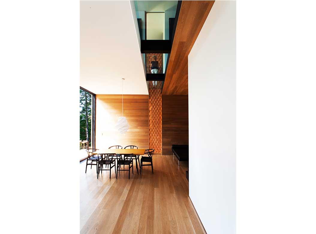 reportage-architecturebois-maison-dossier-kit-habitat-wood-house-bois-fenetre-rt2012-canada-13