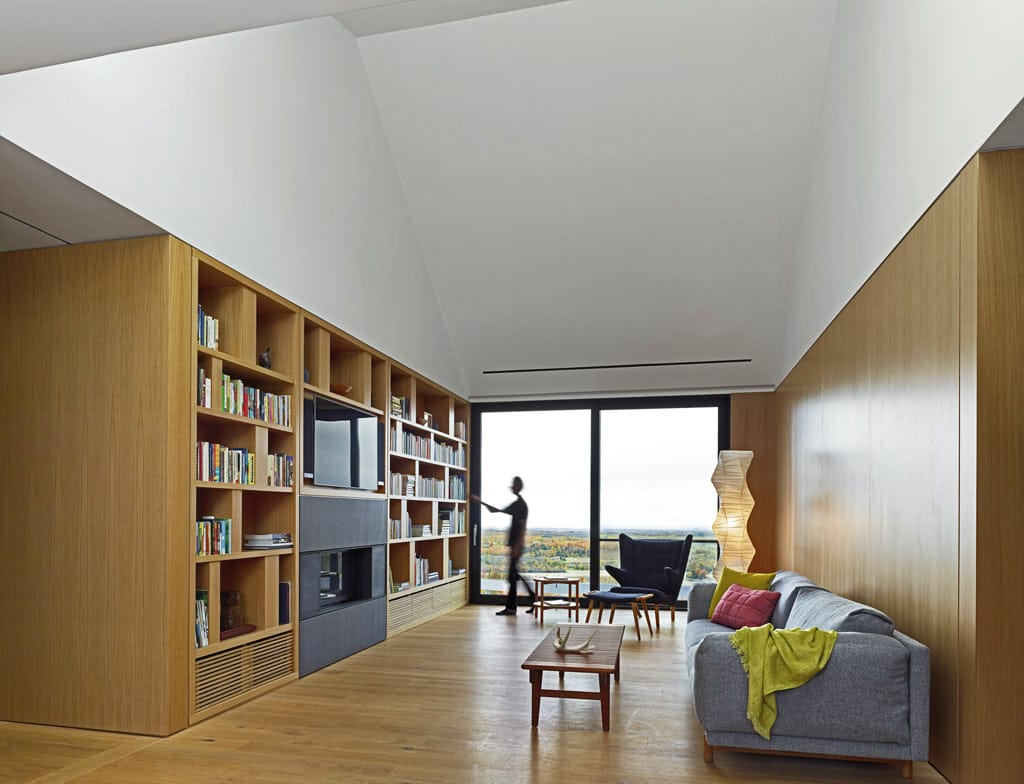 architecture-bois-reportage-canada-ontario-hilltop-house-4