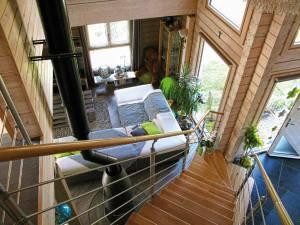 aménagement intérieur d'une maison bois familial avec jardin en Alsace
