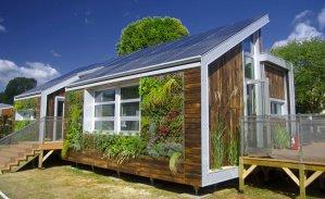 une maison bois moderne à la campagne