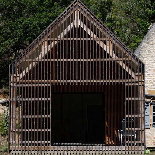 maison en pierre et son extension bois à Dordogne