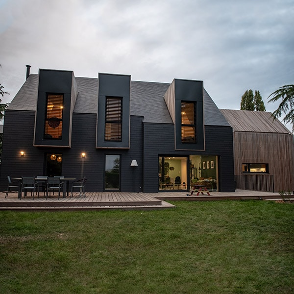 Maison bois avec extension en Red Cedar - Quinze Architecture