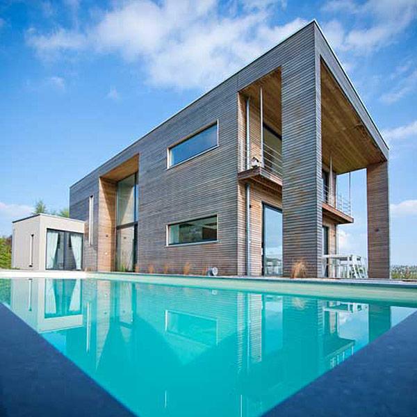 Maison bois géométrique - Naturhome- bardage naturel grisé