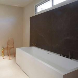 salle de bains dans maison bois à Pontoise