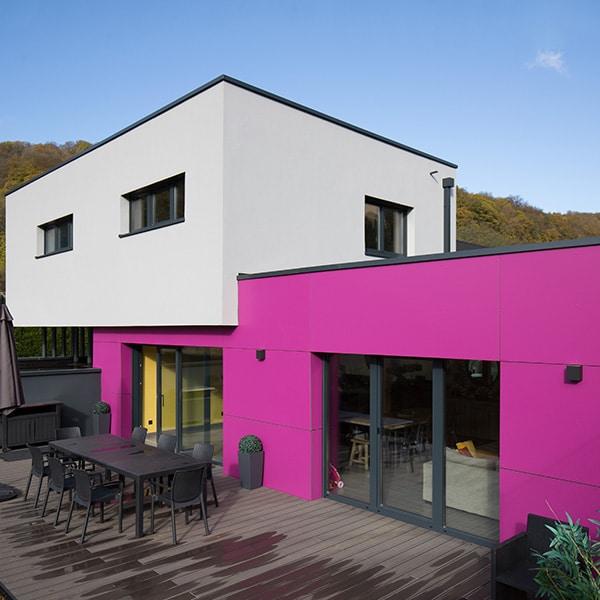 maison bois d'architecte en couleurs