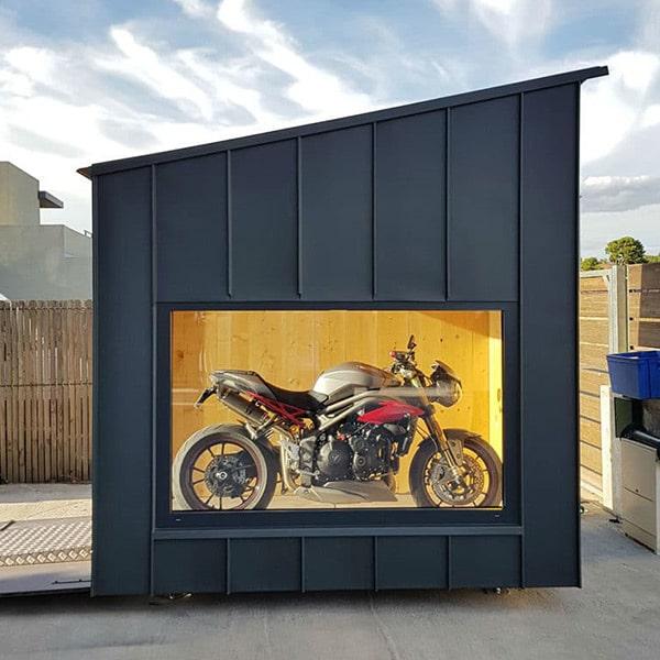 écrin en bois pour la moto