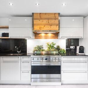 cuisine ouverte dans maison bois