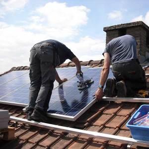 panneaux-photovoltaique-aerothermie