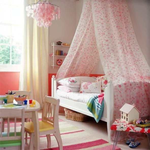 Pink kids bedroom with Princess theme