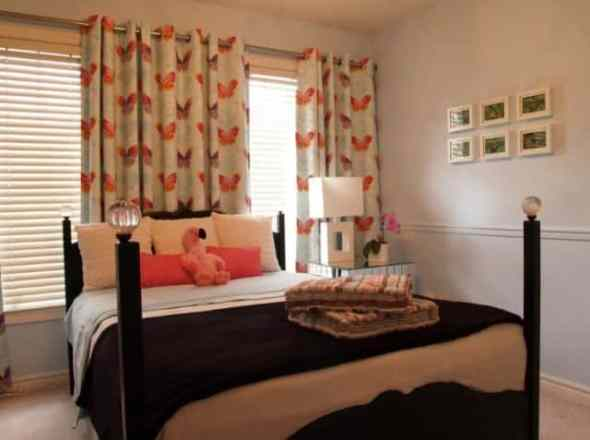 fresh and cheerful bedroom