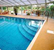 Indoor Pool with Steps - Indoor Swimming Pool