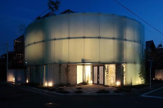 House at Shimogamo Yakocho by Edward Suzuki