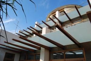 Nuñez House in Valencia / by Luis de Garrido