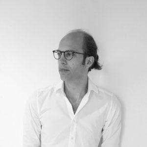 Laurens Boodt (1983) werkte na zijn studie Architectuur aan de TU Delft 7 jaar als projectleider bij  Artgineering. In 2015 richtte hij zijn eigen bureau op.