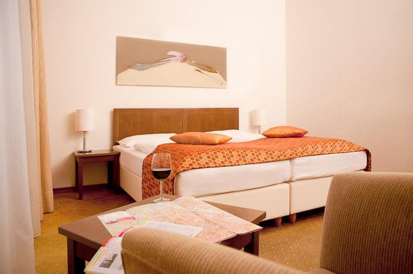 Architekt Daniel Gutmann - Hotel Rathauspark Wien - Zimmer