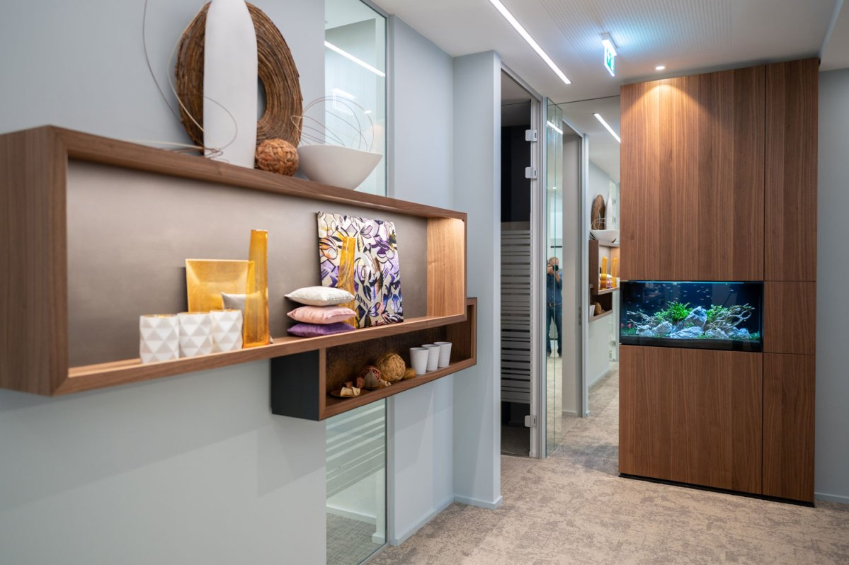 Architekt Gutmann - Büro Service & More Diefenbachgasse - Aquarium