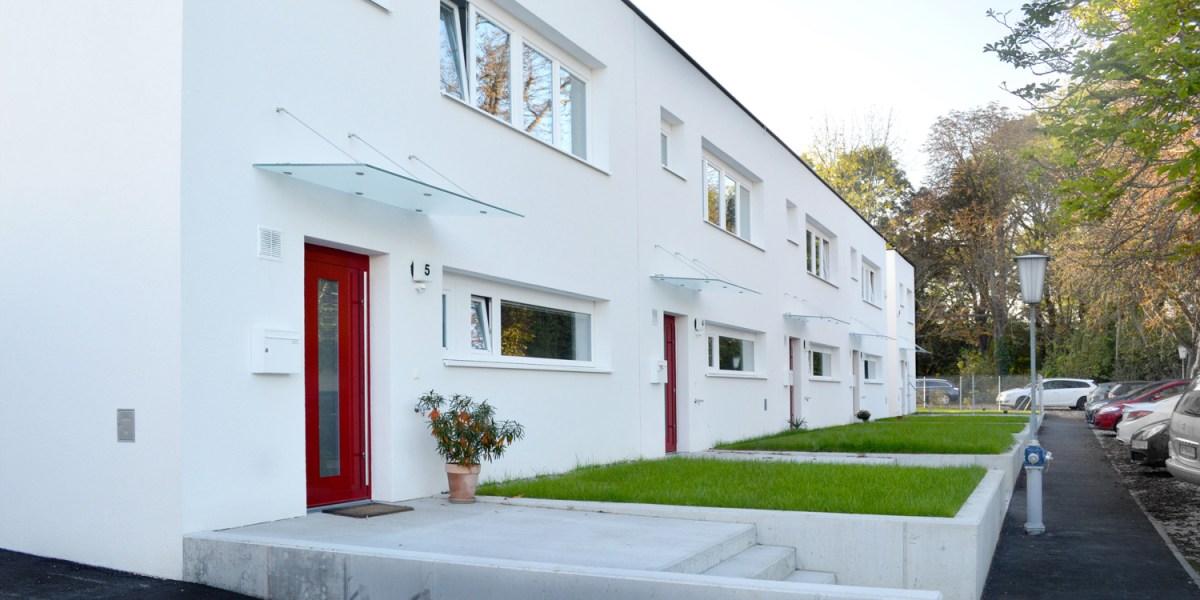 Reihenhausanlage Groß-Enzersdorf - Straßenfassaden