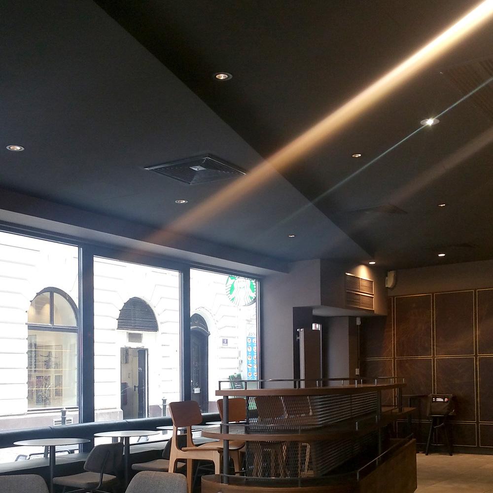 Starbucks Rotenturmstraße - Licht