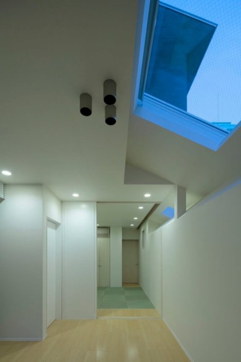 Keyhole House, Kyoto, Japan, EASTERN Design Office