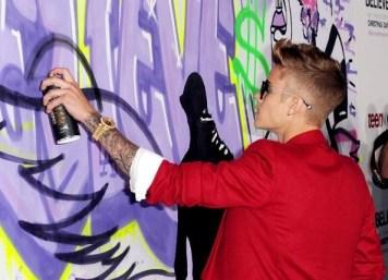 Bieber paintin' it BLACK!