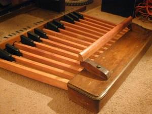 organ-foot-pedals