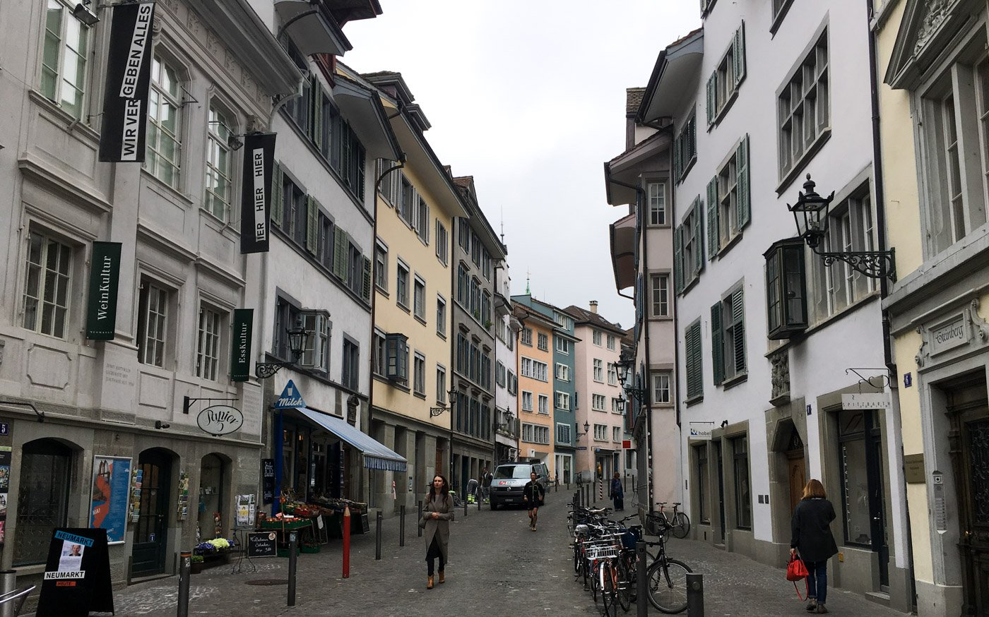 If you're planning out your Switzerland trip and trying to pack everything in, here's a great way to visit Zurich in one day.