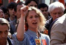 Marisol durante una manifestación en los 80
