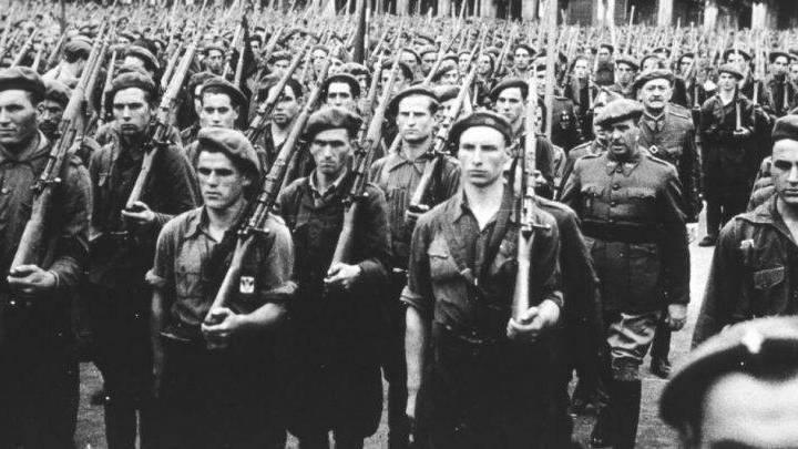 Reseñamos «Soldados de Franco» de Francisco J. Leira Castiñeira - Archivos  de la Historia | Tu página de divulgación