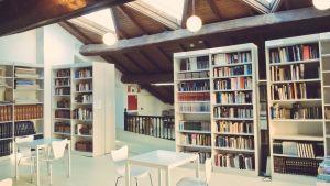 Biblioteca - Hemeroteca (X. Porto)
