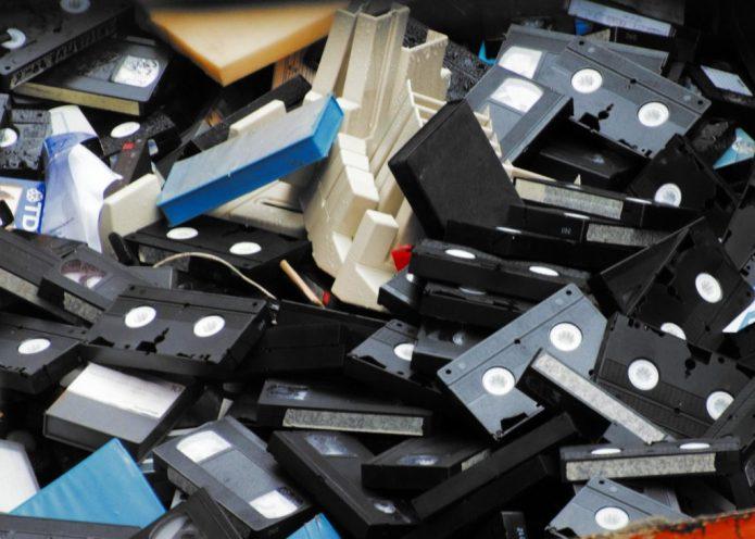 Soportes magnéticos de video o videocintas (Foto: Xoán Porto)