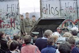 C'era una volta il Muro!! Partecipa anche tu