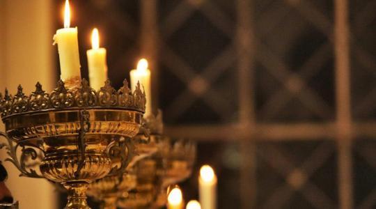 Appuntamenti: davanti all'Eucaristia solidali con la Chiesa universale