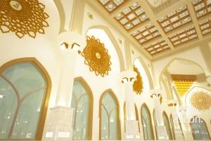 mosque interior lahore