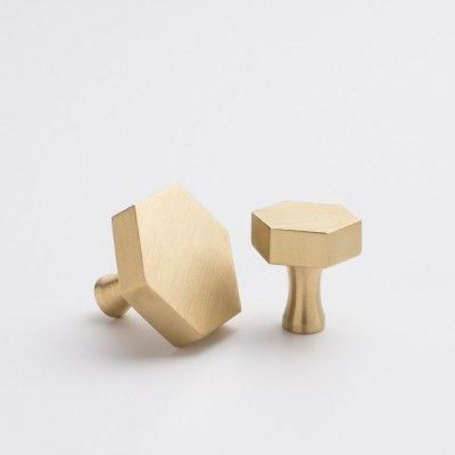 ARCTICdeco.com: Brass Hex Pulls