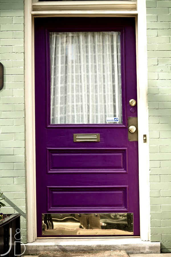 ARCTICdeco_plum_door2