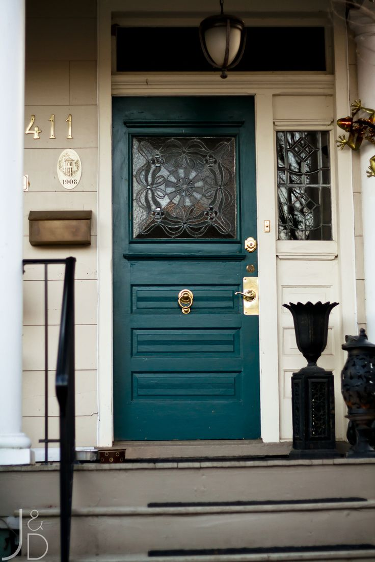 ARCTICdeco_teal_door1