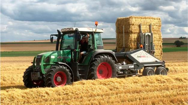ARCUSIN ACCUMULATEUR BALES BALE CHASER FORSTACK FRANCE 11