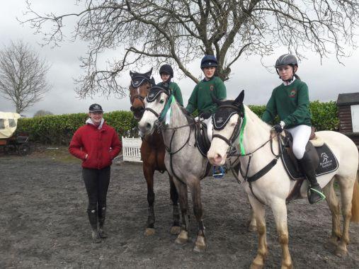 Equestrian team 2(1)