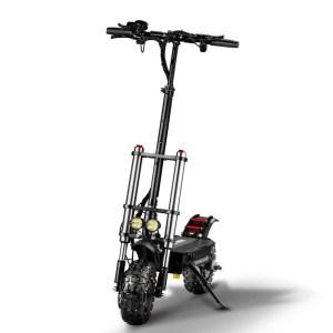Monopattino Scooter elettrico potentissimo da 5400W Giapponese 28.6AH 60V richiudibile Doppio Motore velocità massima 85km/h ruote da 11 inc 110-130km Distanza Massima Max Peso 400kg 2 Freni a Disco