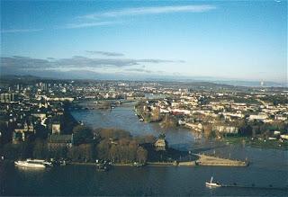 Sunday Matinée: Travel Diary 29 December 2001