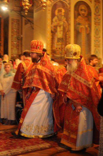 Фоторепортаж из Свято-Троицкого Ионинского монастыря о праздновании Светлого праздника Пасхи 95