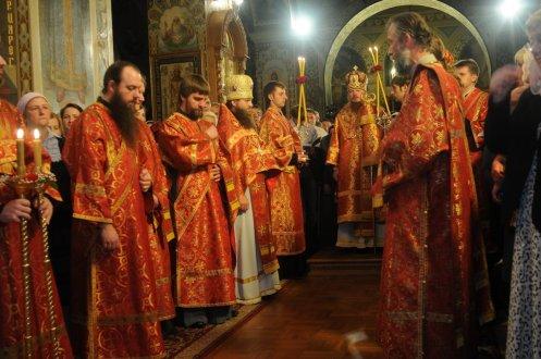 Фоторепортаж из Свято-Троицкого Ионинского монастыря о праздновании Светлого праздника Пасхи 126