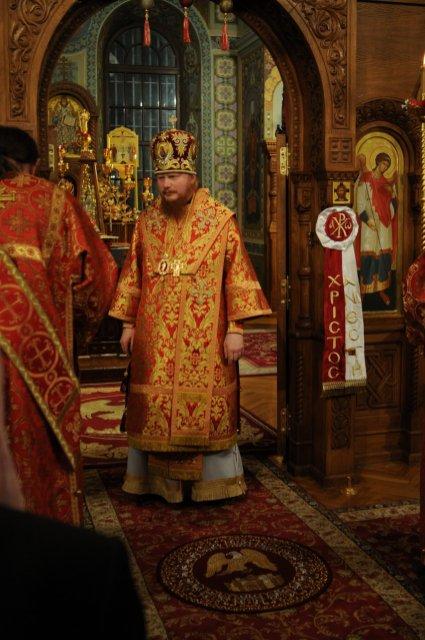 Фоторепортаж из Свято-Троицкого Ионинского монастыря о праздновании Светлого праздника Пасхи 275
