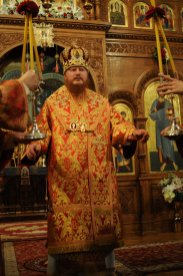 Фоторепортаж из Свято-Троицкого Ионинского монастыря о праздновании Светлого праздника Пасхи 289